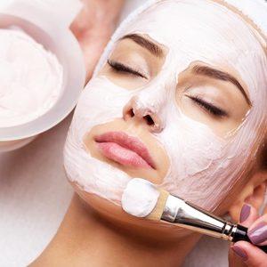 Zabiegi na twarz w salonie kosmetycznym Orquidea